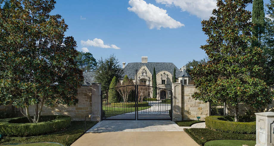 The 17,000-square-foot home in Colleyville, Texas will go up for auction. Photo: DeCaro Luxury Auctions