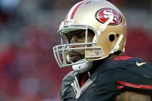 Surprise: Vernon Davis ruled out; offensive players optimistic about game plan - Photo