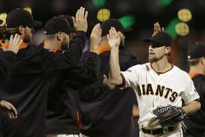Bruce Jenkins: Retaining Leake should be Giants' 1st step - Photo