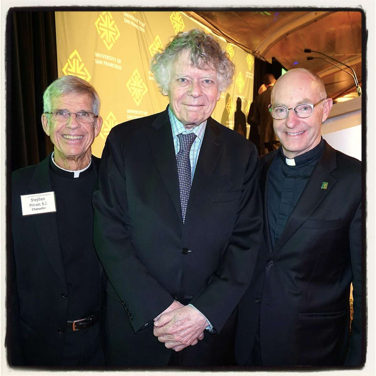 USF Chancellor Stephen Privett (left) and USF President Paul Fitzgerald (right) honored composer Gordon Getty as the 2015 Alumni of the Year. Oct 2015.