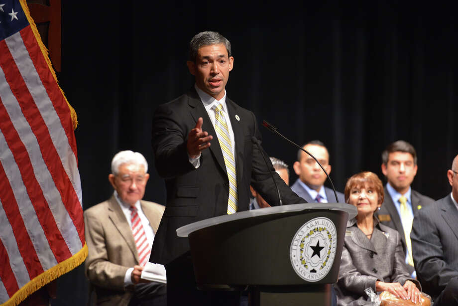 City Councilman Ron Nirenberg wants to move city elections to November of even-numbered years. Photo: Robin Jerstad /