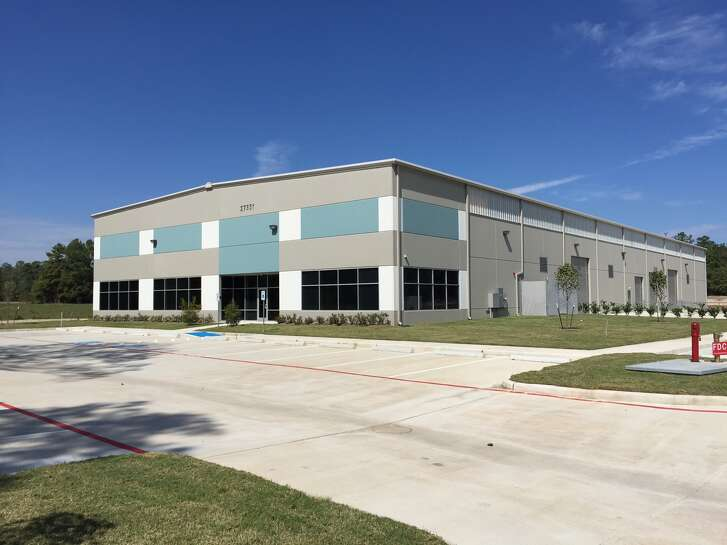 General Transmissions, a manufacturer of equipment used in lawn mowers and other outdoor power gear, has leased a 25,000-square-foot building at 27351 Spectrum Way in Oak Ridge North.
