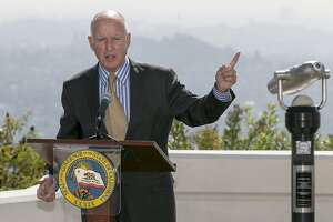 Brown vetoes bills designed to reform state utilities regulator - Photo