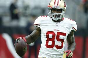 49ers' tight end Vernon Davis to miss 2nd game in a row - Photo