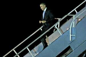President lands at SFO, prepares for morning gig with Kanye West - Photo