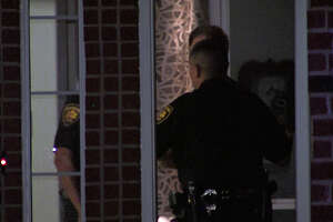 Man on far North Side mistakes wife for intruder, shoots, kills her - Photo
