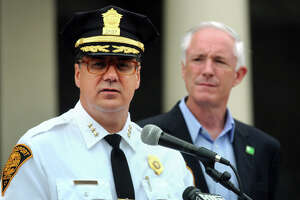 Finch ignores Ganim, renews police chief's contract - Photo