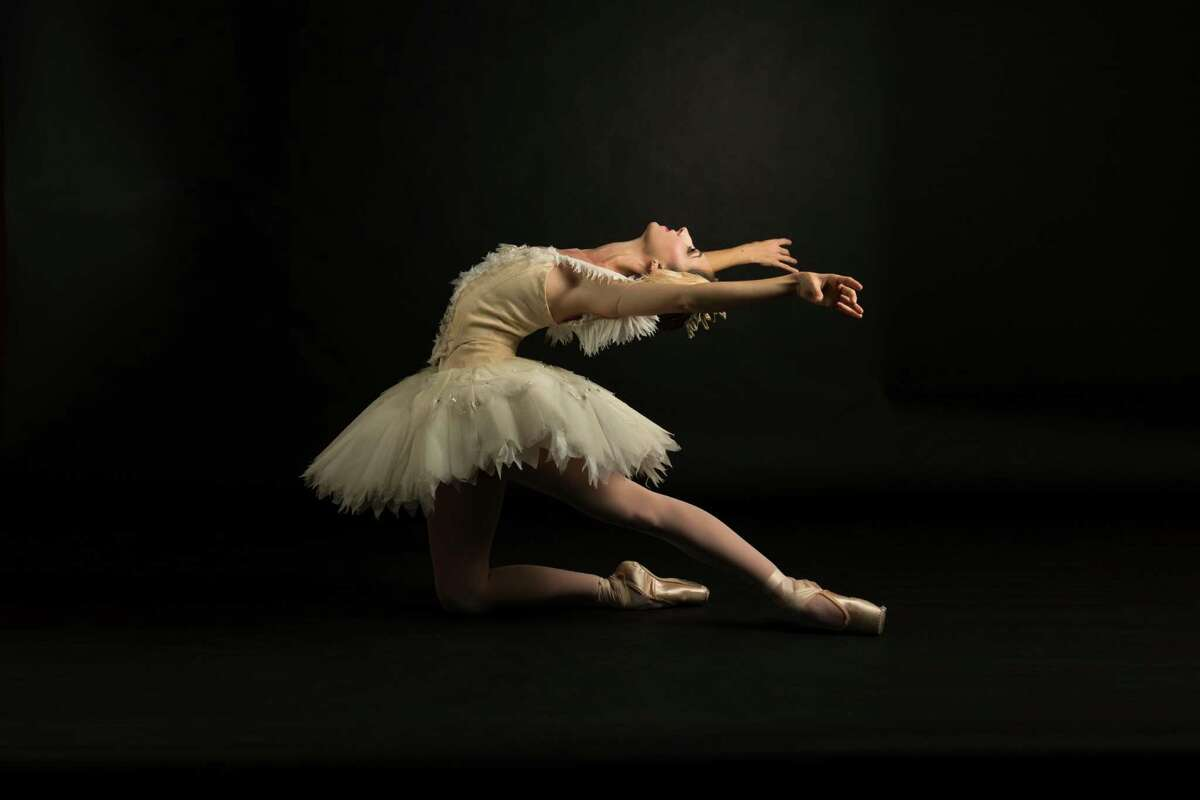 Principal dancer Sally Turkel performs the double role of Odette and Odilein