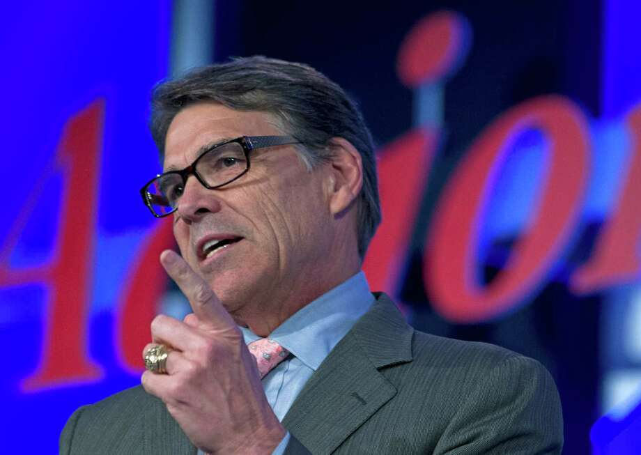 Former Texas Gov. Rick Perry speaks during the Values Voter Summit, held by the Family Research Council Action, in Washington, Friday, Sept. 25, 2015. Photo: Jose Luis Magana /Associated Press / FR159526 AP
