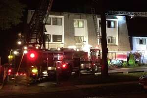 Fire rips through Stamford apartment complex - Photo