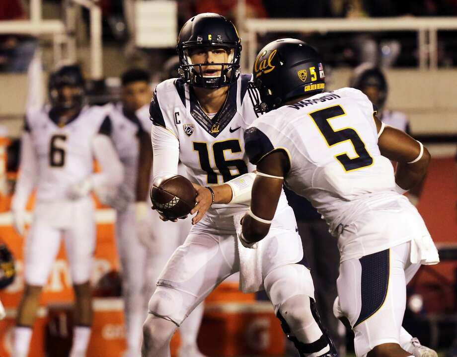California quarterback Jared Goff (16) hands off the ball to California running back Tre Watson (5) in the first half of an NCAA college football game against Utah on Saturday, Oct. 10, 2015, in Salt Lake City. (AP Photo/Kim Raff) Photo: Kim Raff, Associated Press