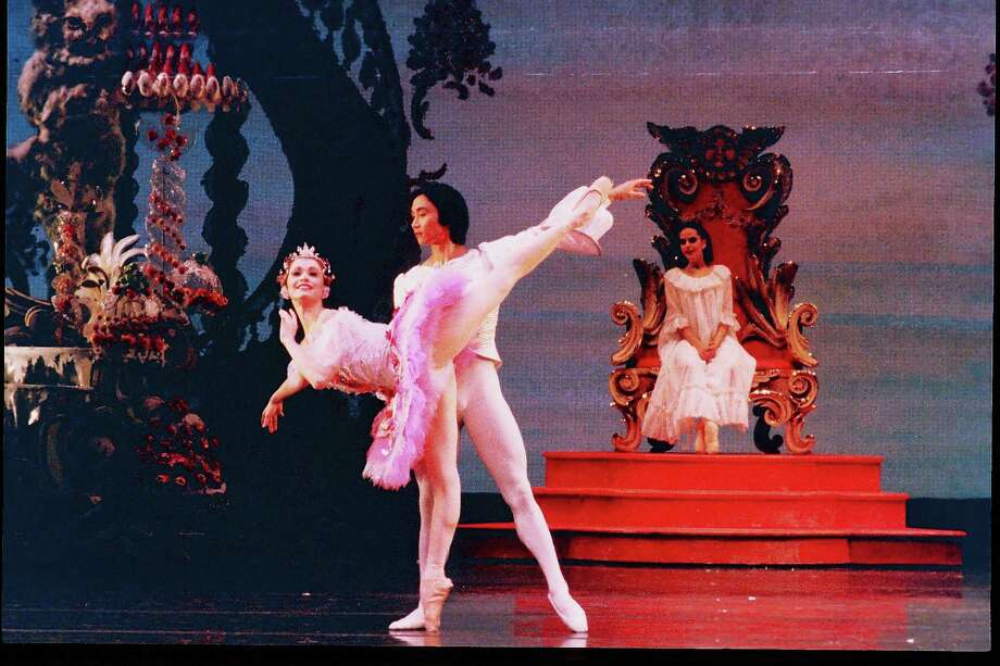 """Janie Parker and Li Cunxin were the original Sugar Plum Fairy and Nutcracker Prince when Ben Stevenson's production of """"The Nutcracker"""" for Houston Ballet premiered in 1987. Photo: Jim Caldwell"""