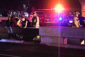Police: Mustang wrecks exiting U.S. 281, falls off ramp, bursts into flames - Photo