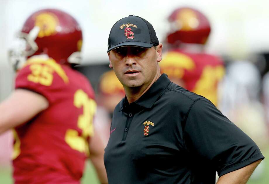 LOS ANGELES, CA - SEPTEMBER 12:  Head coach Steve Sarkisian of the USC Trojans watches his team during warmups for the game with the Idaho Vandals at Los Angeles Memorial Coliseum on September 12, 2015 in Los Angeles, California.  (Photo by Stephen Dunn/Getty Images) ORG XMIT: 567620251 Photo: Stephen Dunn / 2015 Getty Images