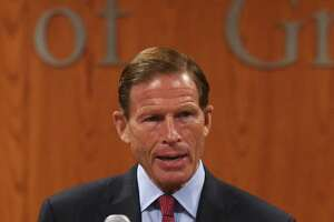 Blumenthal calls for DOJ fantasy league probe - Photo