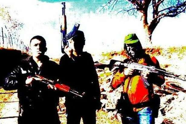 The Mexican website El Blog del Narco published more than two dozen photos of the La Linea organization, the armed wing of the Juarez drug cartel in