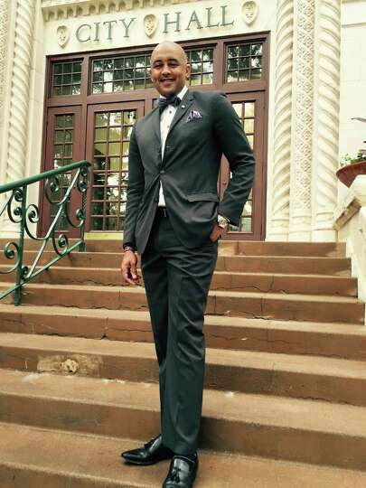 Councilman Alan E. Warrick II is one dapper dude as he heads to City Hall in a fitted Perry Ellis su
