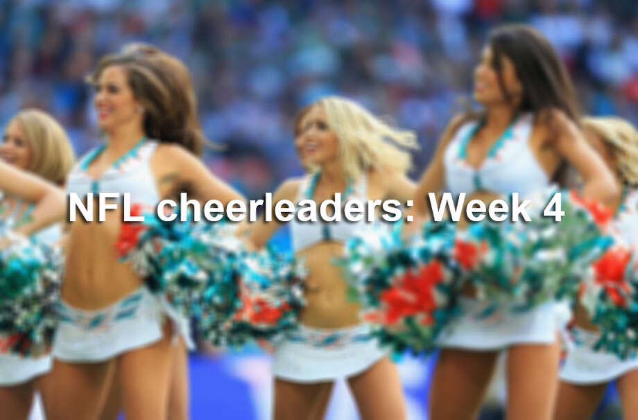 From London to the West Coast, see all the NFL cheerleader action from week 4. Photo: Getty Images