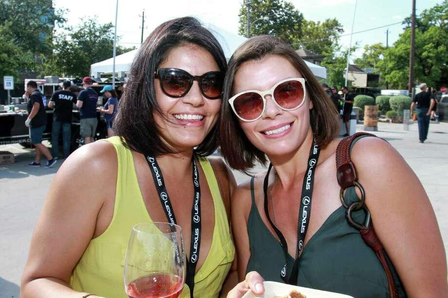 Sisters Stephanie Boullt, left, and Kerrie Boullt Photo: Gary Fountain, Gary Fountain/For The Chronicle / Copyright 2015 Gary Fountain