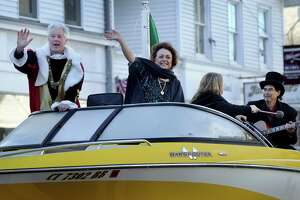 Bethel parade celebrates Columbus Day - Photo
