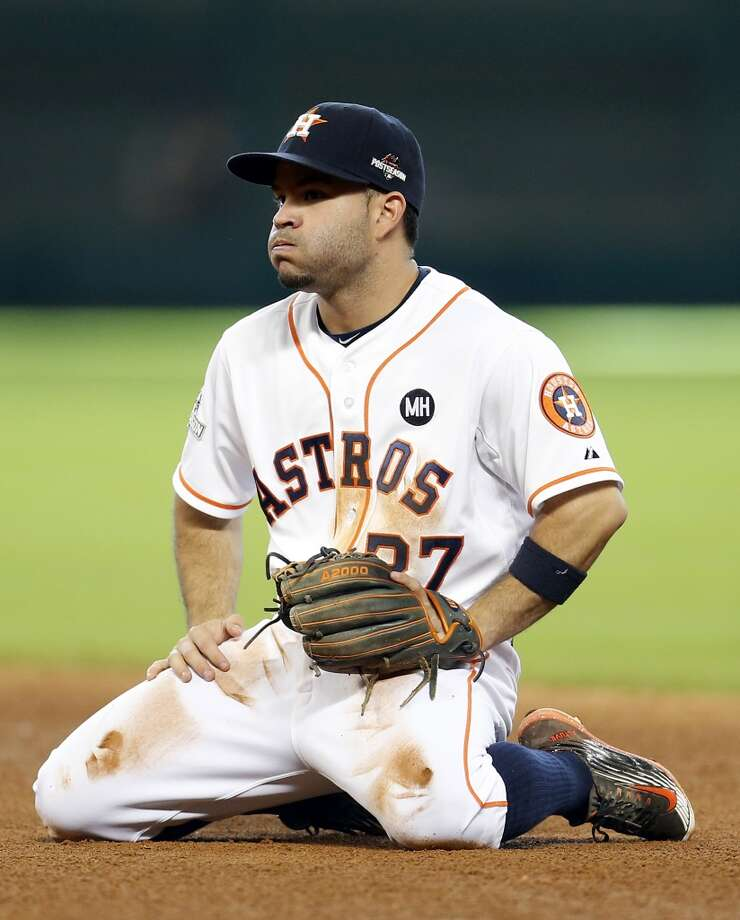 Houston Astros second baseman Jose Altuve (27) reacts after Kansas City Royals first baseman Eric Hosmer scored on an Alex Gordon ground out during the eighth inning of Game 4 of the American League Division Series at Minute Maid Park on Monday, Oct. 12, 2015, in Houston. ( Karen Warren / Houston Chronicle ) Photo: Karen Warren, Chronicle
