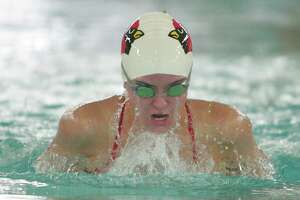 Swimmers, divers excel for Greenwich in win over Wilton - Photo