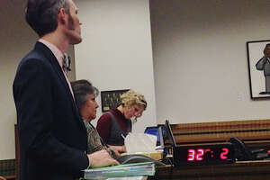 'Flummoxed' judge charges past sweet plea deal with thieving city of Seattle appointee - Photo