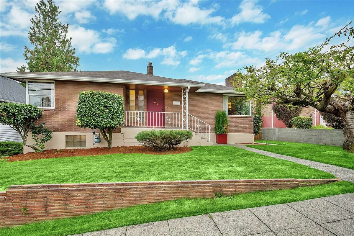 The first home, 909 N. 75th St., is listed for $649,000. The three bedroom, 1.75 bathroom home is just one block from Green Lake, and features a huge backyard with large back deck. You can see the full listing here.