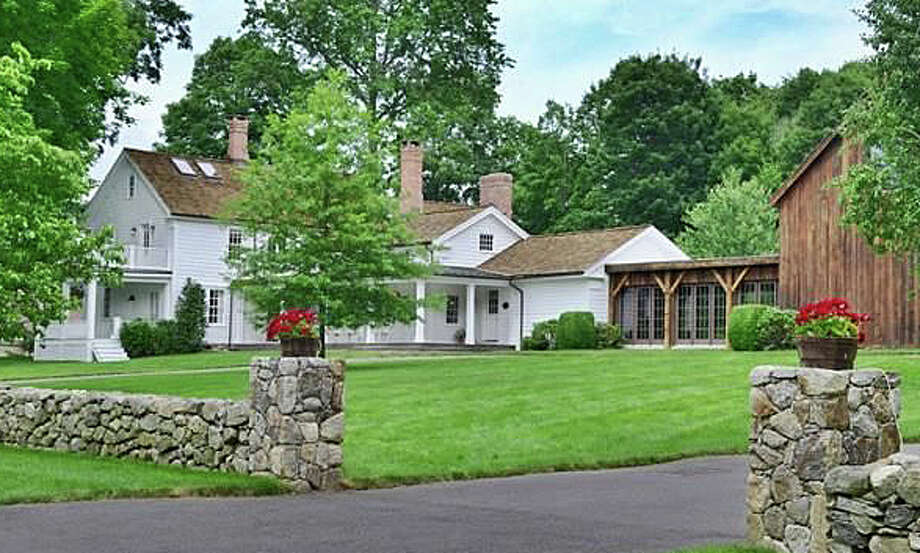 The property at 162 Greens Farms Road was recently sold for $2.8 million. Photo: Contributed / Contributed Photo / Westport News