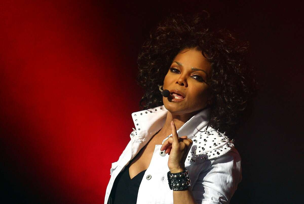 Janet Jackson performs live on stage at the Sydney Opera House on November 5, 2011 in Sydney, Australia. (Photo by Ryan Pierse/Getty Images)