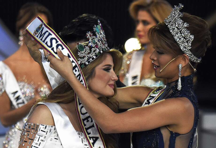 Mariam Habach is crowned Miss Venezuela 2015 after being elected in Caracas on October 9, 2015. 