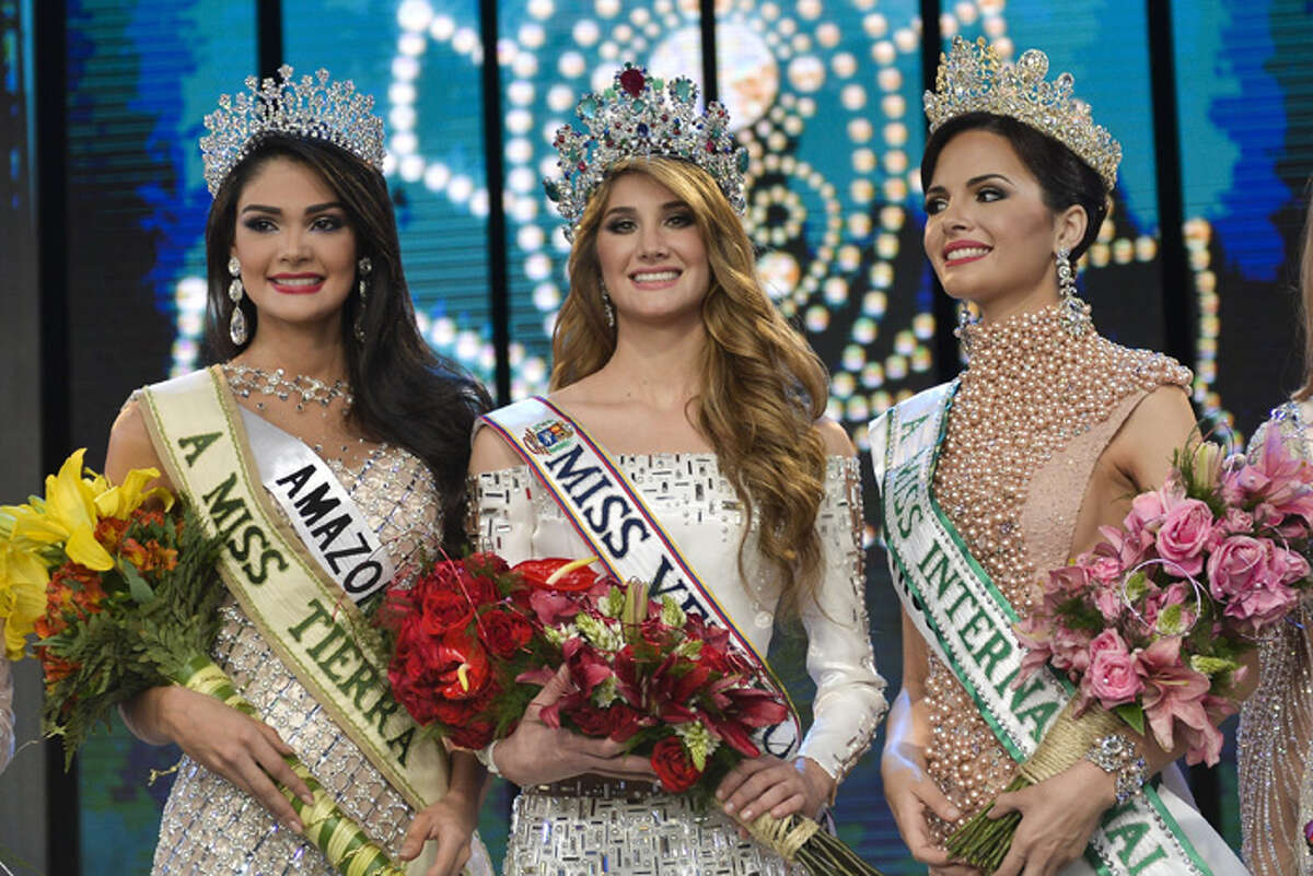 Mariam Habach from Lara state, is crowned as Miss Venezuela 2015 during the Miss Venezuela beauty pageant in Caracas.