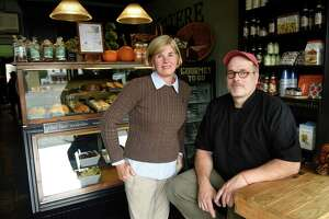 "Off the Avenue: Caterer celebrates 15 years of ""Happiness"" in backcountry Greenwich - Photo"