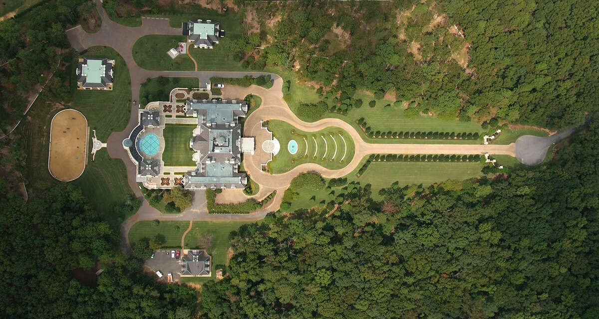 Aerial view of the home and its guitar-shaped entry drive.