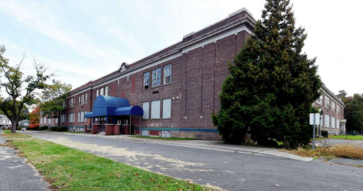 For dormant Draper, a new purpose. Developers plan to convert school into apartment building. Read the full story here. Exterior view of the former Draper School which sits idle Tuesday Oct. 13, 2015 in Rotterdam, N.Y. (Skip Dickstein/Times Union)