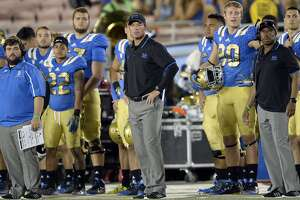 UCLA, trying to rebound from injuries and loss, faces Stanford - Photo