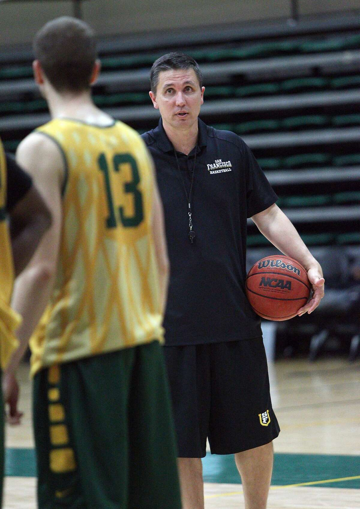 Head Coach Rex Walters during practice at the USF Memorial Gym. October 13, 2015.