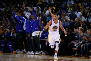 Warriors impressed with fan turnout for exhibition against Nuggets - Photo