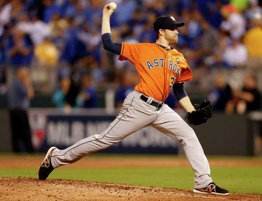 If Collin McHugh has a rough start, Astros manager A. J. Hinch could turn to Scott Kazmir or Dallas Keuchel in relief. Photo: Karen Warren, Staff / © 2015 Houston Chronicle