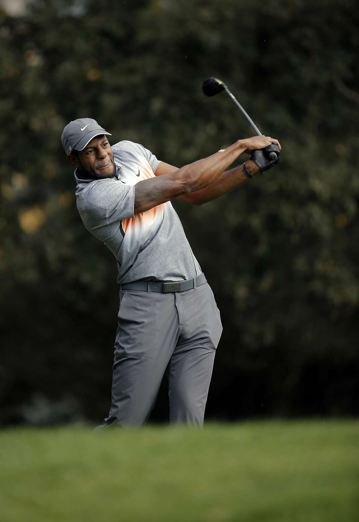 The Warriors' Andre Iguodala hits to the 7th hole during the Fry's.com Pro-Am and practice sessions a day before the start of the tournament in Napa, Calif., on Wed. October 14, 2015.