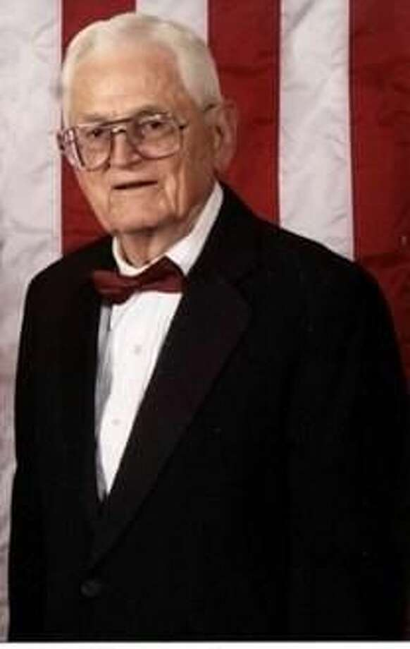 Arvin J Bowden, who as a Marine in World War II, died Oct. 1 at 92. Photo: Courtesy