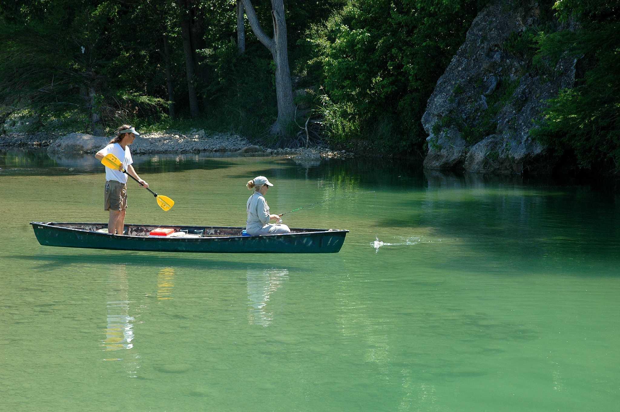 River fishing heats up in autumn 39 s cool weather houston for Fishing in houston