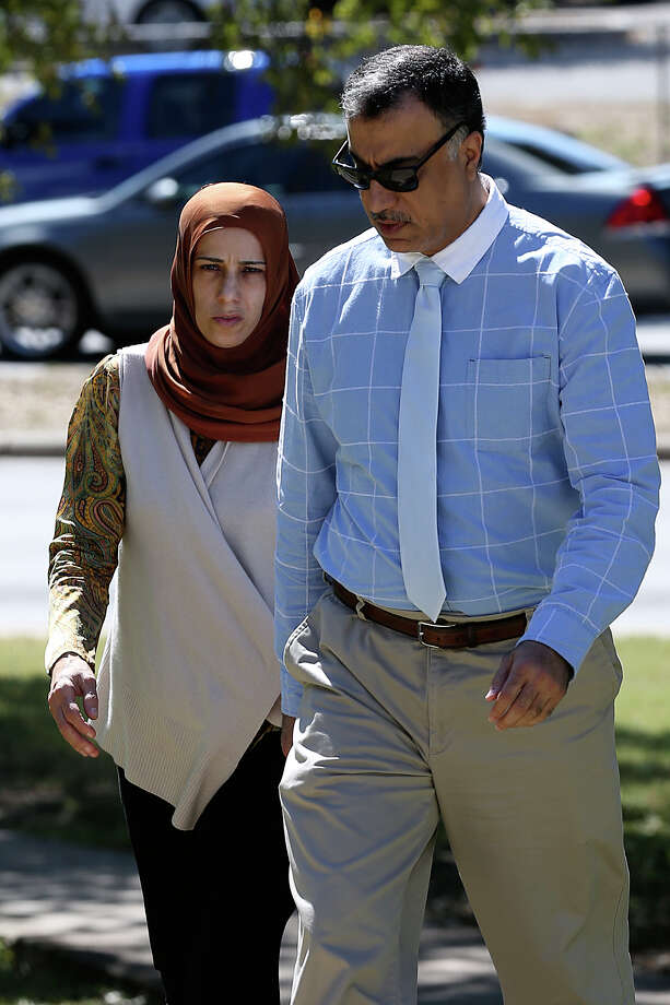 Hasan Al-Homoud, a Qatari military officer, and his wife, Zainab Al-Hosani, shown in October, accused of abusing two female servants, entered a plea deal and were immediately deported Wednesday. Photo: Jerry Lara /San Antonio Express-News / © 2015 San Antonio Express-News