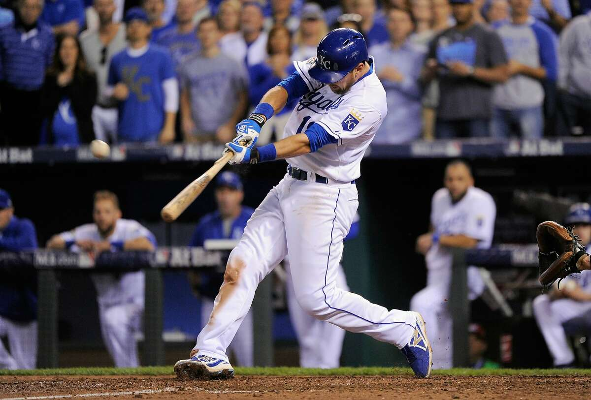 KANSAS CITY, MO - OCTOBER 14: Ben Zobrist #18 of the Kansas City Royals drives in a run in the fifth inning against the Houston Astros during game five of the American League Divison Series at Kauffman Stadium on October 14, 2015 in Kansas City, Missouri. Alex Rios #15 of the Kansas City Royals (not pictured) would score. (Photo by Ed Zurga/Getty Images)
