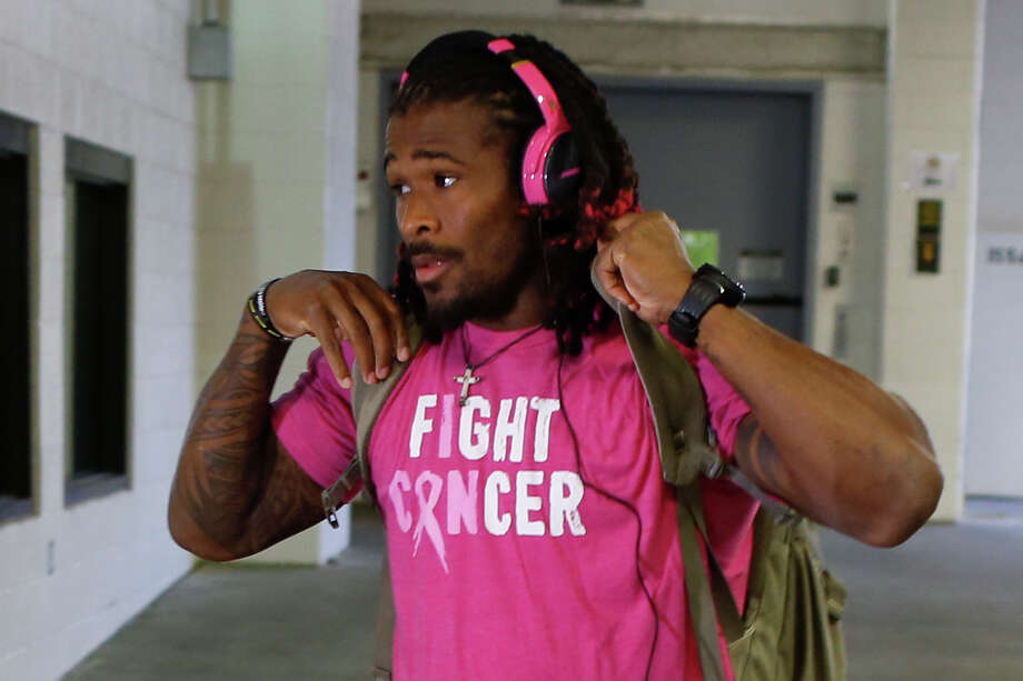 10. DeAngelo WilliamsWilliams' request to wear pink throughout the season was denied by the NFL. Photo: Keith Srakocic, AP / AP