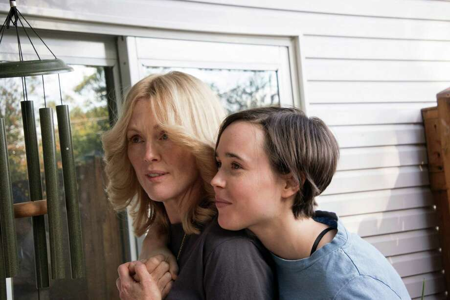 "(L-r) Julianne Moore and Ellen Page as a couple in ""Freeheld."" Illustrates FILM-PAGE (category e), by Soraya Nadia McDonald © 2015, The Washington Post. Moved Friday, Oct. 9, 2015. (MUST CREDIT: Phil Caruso/Lionsgate.) Photo: HANDOUT, STR / Washington Post / THE WASHINGTON POST"