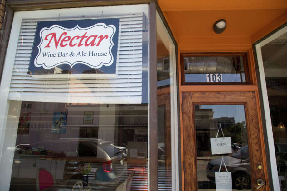 The outside sign proclaiming Nectar Wine Bar. Photo: Photos By Xelina Flores / For The Express-News