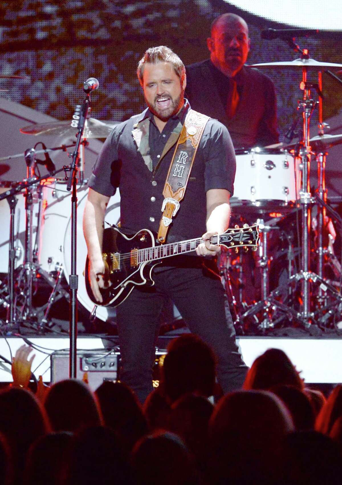 Randy Houser will play the rodeo on Feb. 23.
