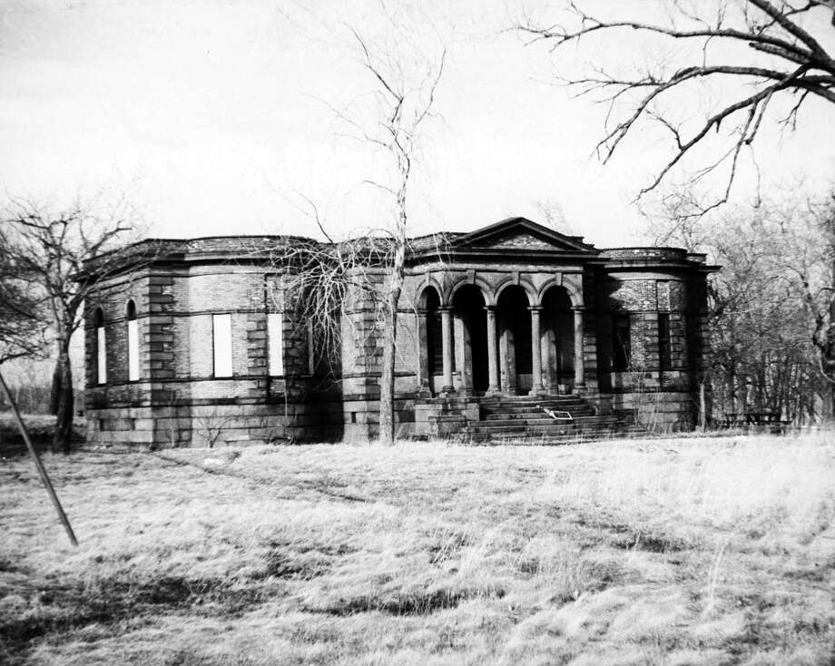 Dudley Observatory after fire. Undated. The orginal building was built in 1854 on Dudley Heights in Albany, N.Y. (Times Union Archive)