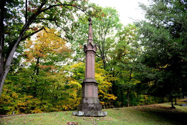 The Bleeker family grave is pictured Sunday Oct. 6, 2013, in section 61 of Albany Rural Cemetery in Menands, N.Y. The burial site holds Dudley Observatory founder Blandina Bleeker Dudley and Anneke Jantz Bogardus, who once owned 62 acres of downtown Manhattan in the Bouwerie. (Will Waldron/Times Union) Photo: WW / 00023993A